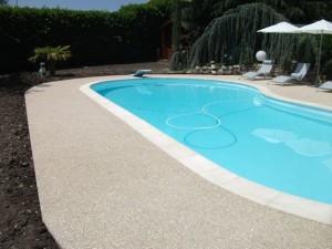beton desactive piscine
