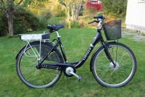 Noa Khamallah présente : 9 choses à faire sur un vélo électrique
