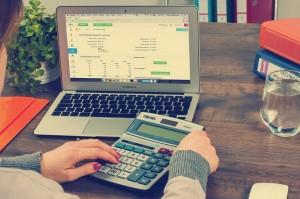 bookkeeping-615384_1280 (1)