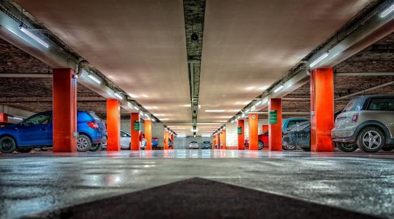 multi-storey-car-park-2705368_1280